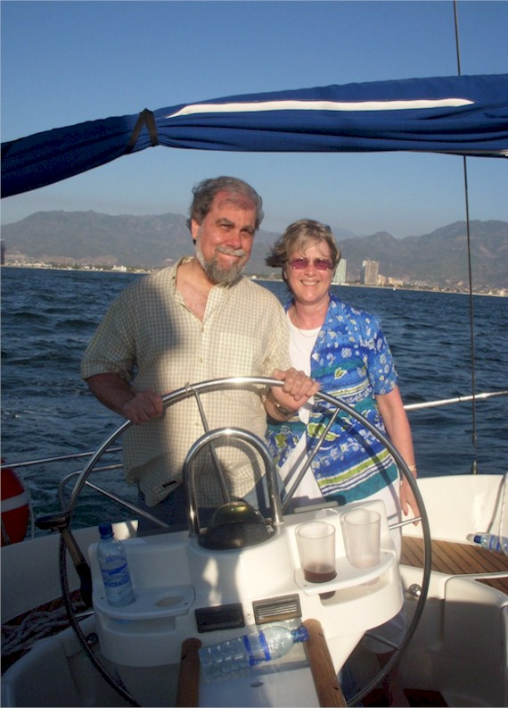 Would you buy a used boat from this couple? Hmmm...... (Ah ...